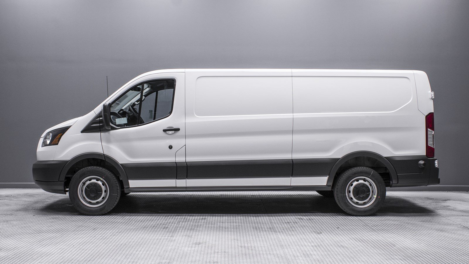 New 2018 Ford Transit Van Xl Full Size Cargo Van In